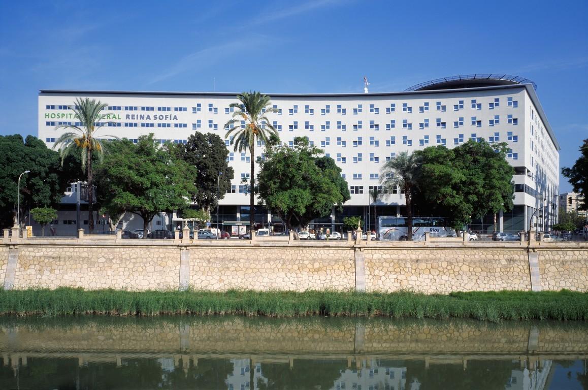 Nuevo Hospital General Universitario para Reina Sofía / Canvas Arquitectos, © Luis Asin Baja