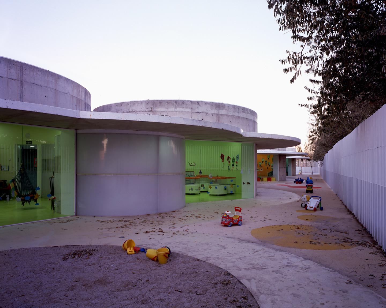 Guardería 0 - 3 años / Picado - De Blas Arquitectos, © Hisao suzuki