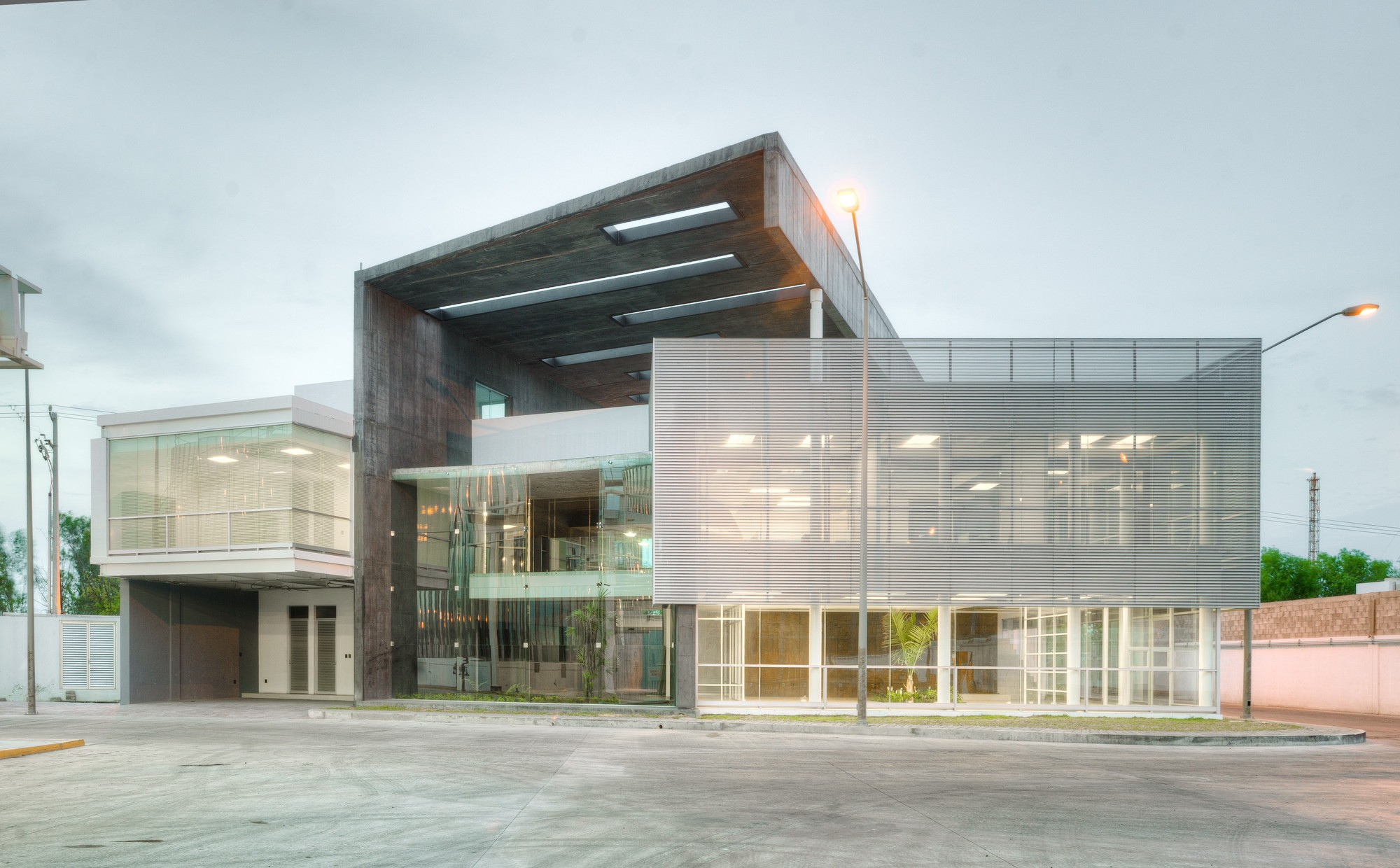 Global Marketing Corp. Headquarters / D4 Arquitectos , Courtesy of D4 Arquitectos
