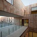 Oficinas de la diputaci n provincial de zamora g f arquitectos plataforma arquitectura - Arquitectos en zamora ...