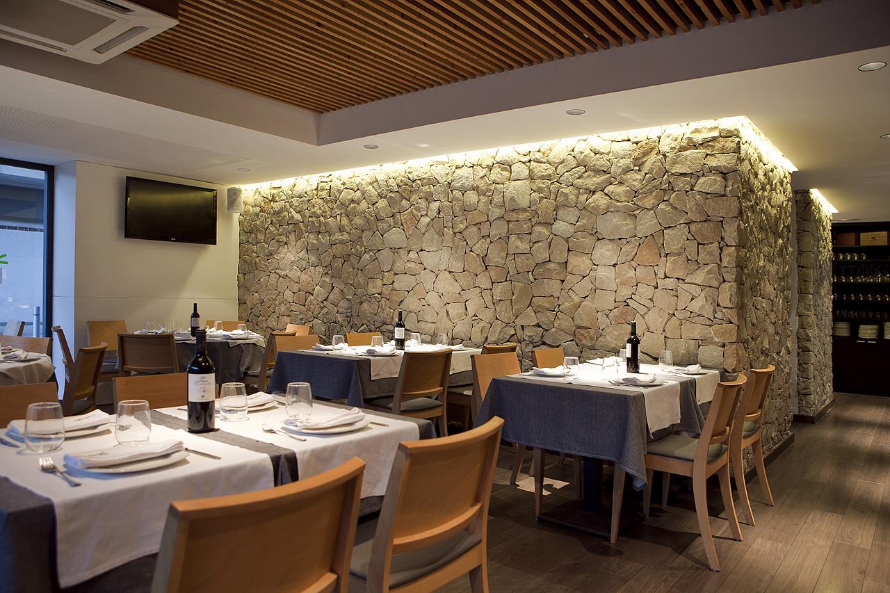 Restobar culinart manuel garc a plataforma arquitectura - Techos de escayola modernos ...