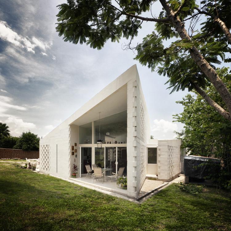 Casa CSC / MMX, Cortesía de MMX
