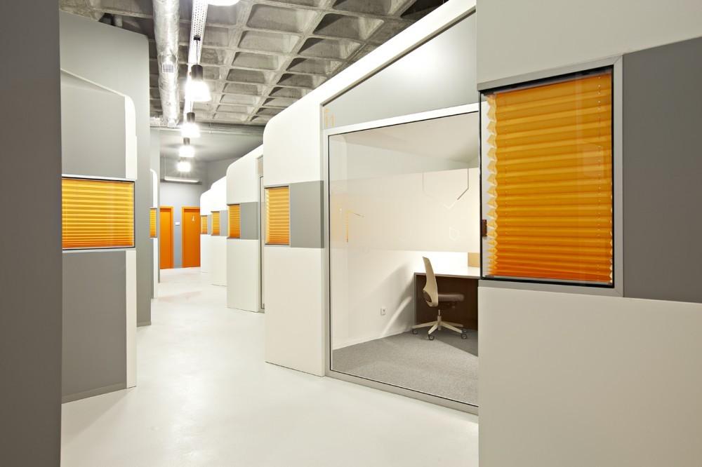Factory Business Center / Simpli Design, © Rui Pires