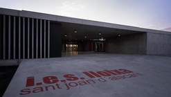 Instituto de Enseñanza Secundaria / Orts-Trullenque Arquitectos