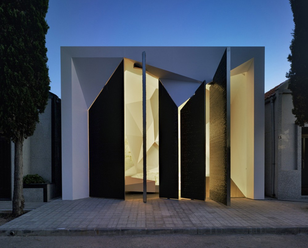 Panteón Nube / Clavel Arquitectos, © David Frutos Ruiz