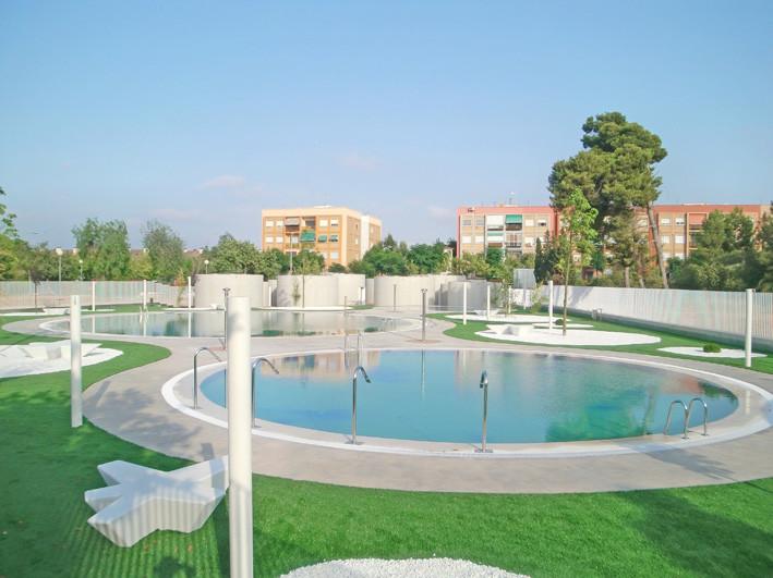 Piscinas de Verano para el Ayuntaniento de Godella / Álvarez Cubells Arquitectos