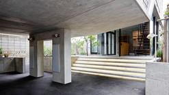 Casa en Eifukucho / Upsetters Architects