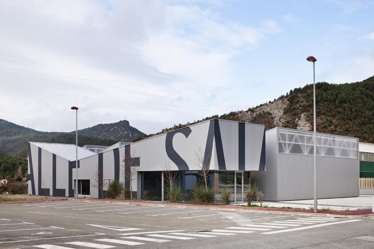 Centro Polivalente Valle de Salazar / gutiérrez-delafuente arquitectos, © Fernando Alda