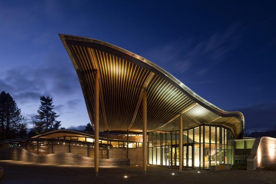 Centro de visitantes Jardín Botánico Van Dusen / Perkins + Will, © Nic Lehoux