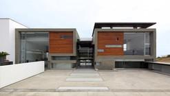 Volúmenes con Género / Longhi Architects