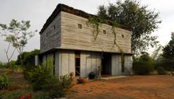 Casa de Pedra Bapagrama / Pragrup