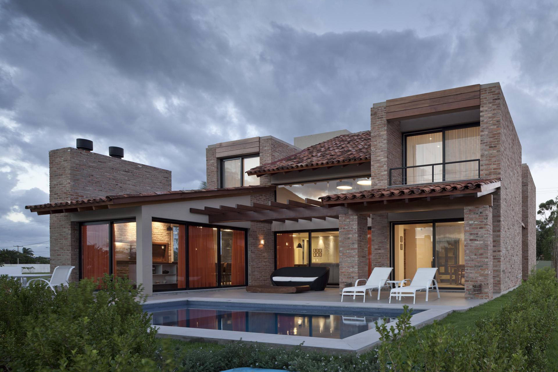 Galer a de casa ckn giugliani montero arquitectos 5 for Galerias casas minimalistas