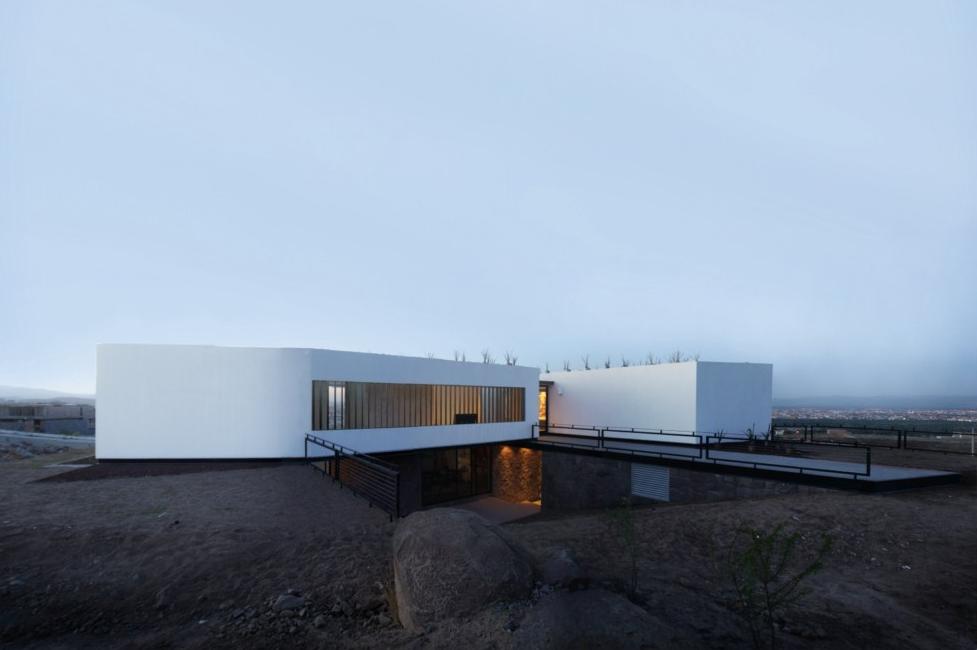Casa Acill Atem / Broissin Architects, Cortesia de Broissin Architects