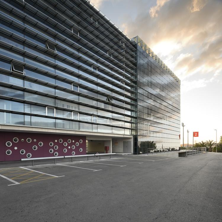 Novas Salas de Aula para a Faculdade de Economia da Universidade de Múrcia / Ecoproyecta + Ad-hoc msl, © Gabriel López