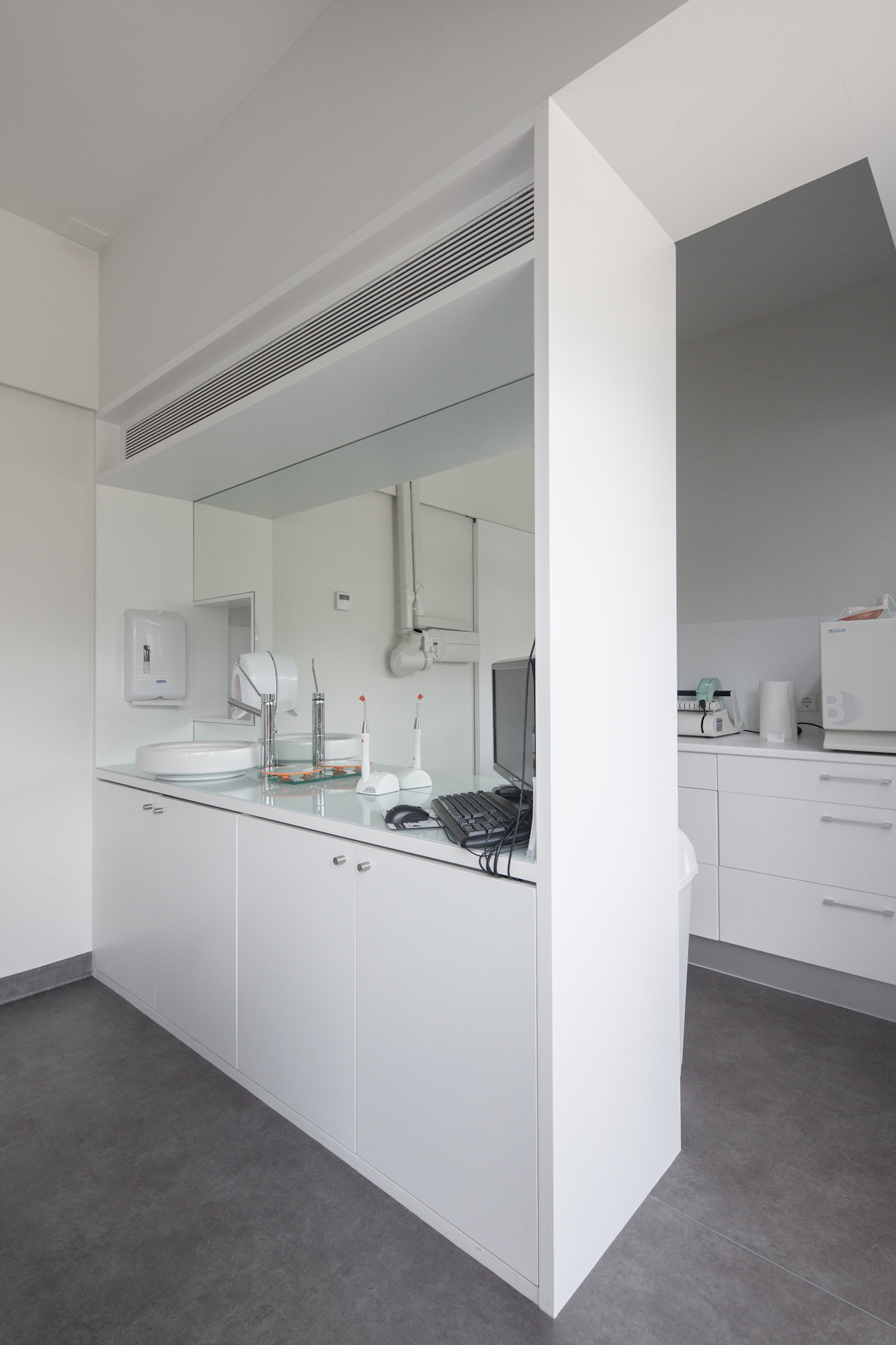 Gallery Of Dental Clinic In Oporto Paulo Merlini 14