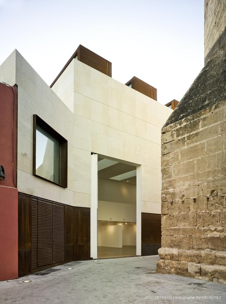 Museum almer a excmo ayuntamiento archdaily - Arquitectos almeria ...