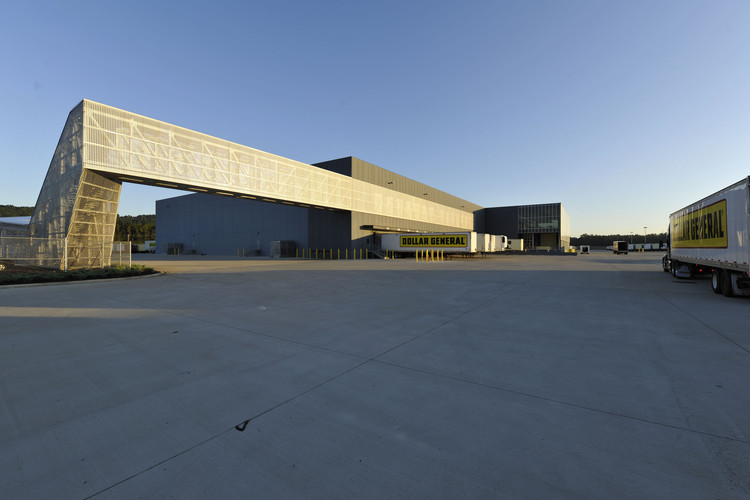 Dollar General Distribution Center / Leo A Daly, © Bill Baxley