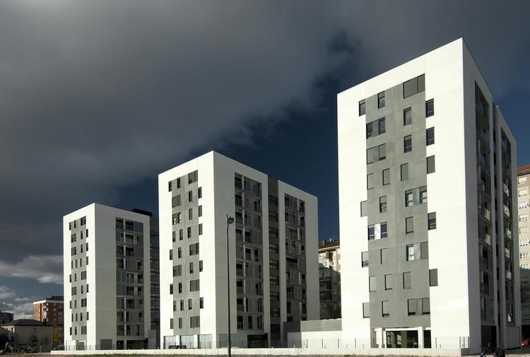 108 Habitações em Borinbizkara / Patxi Cortazar, © César San Millán