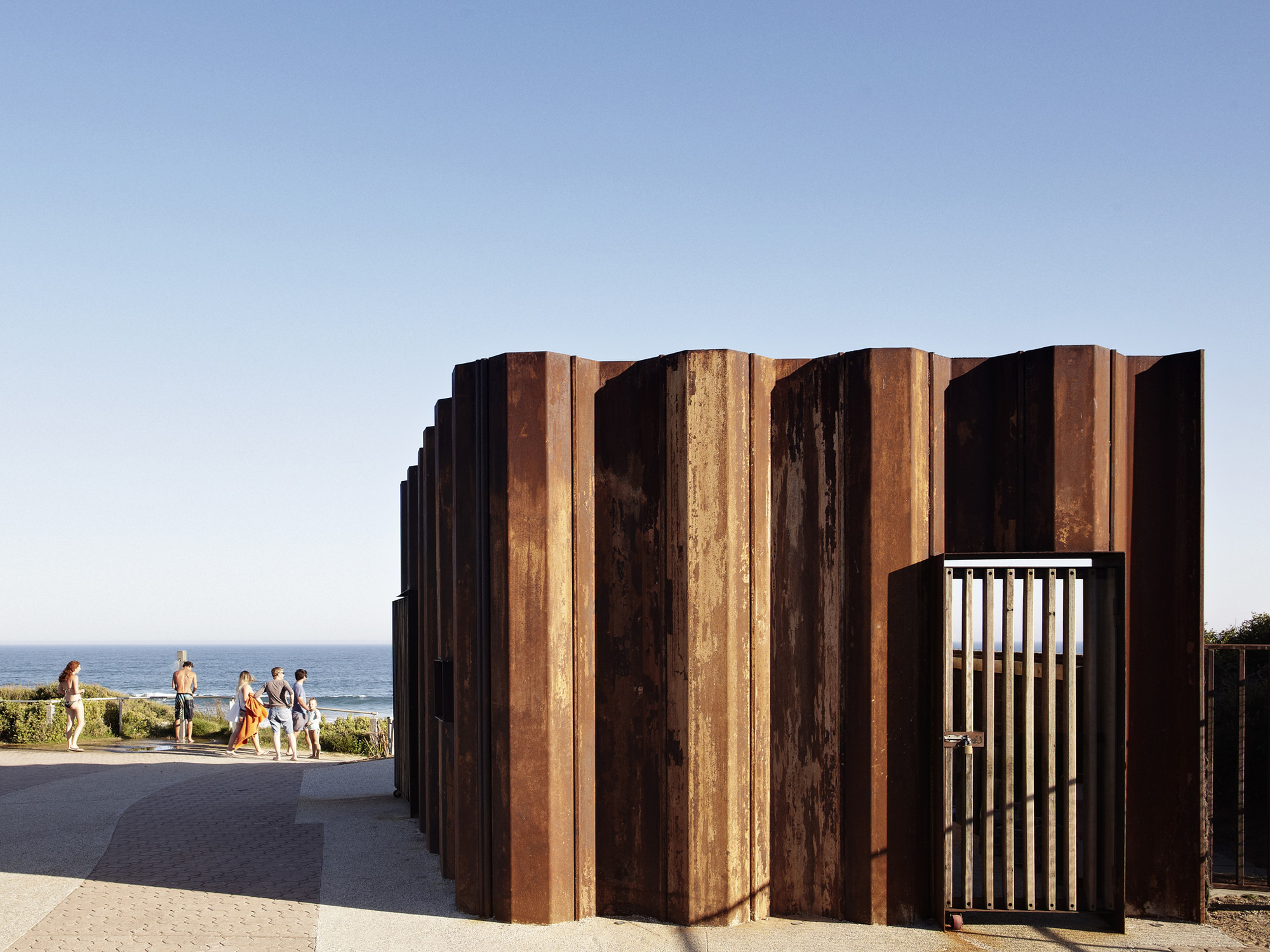 Third Wave Kiosk / Tony Hobba Architects