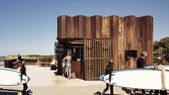 Kiosko de la Tercera Ola / Tony Hobba Architects
