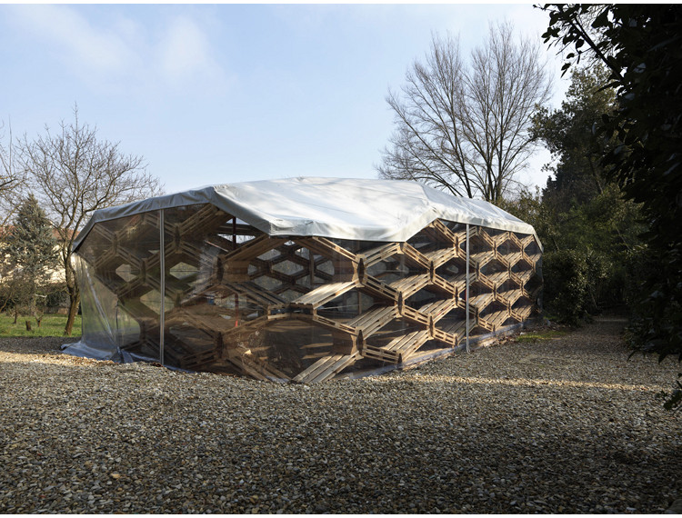Pabellón de Pallets Reciclados / Avatar Architettura , © Avatar Architettura