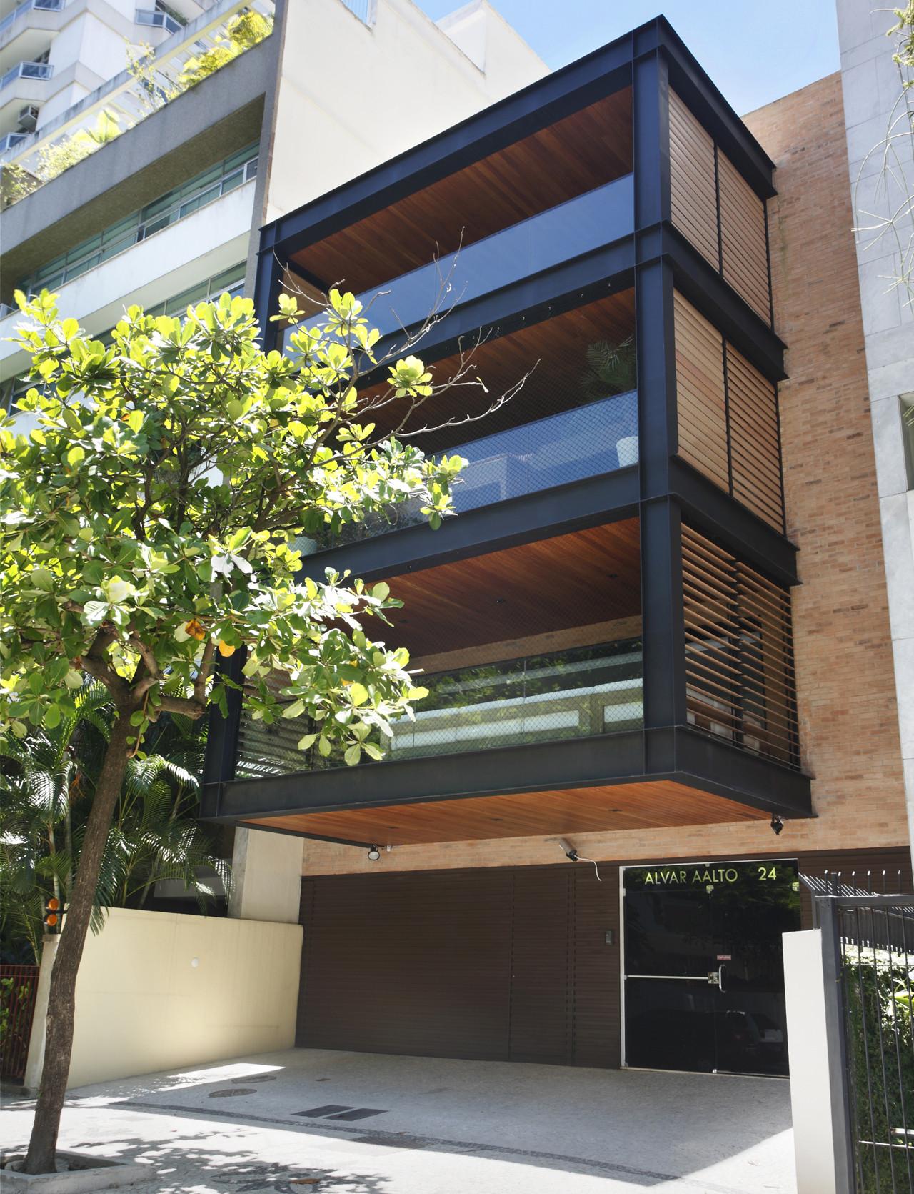Edificio Alvar Aalto / Laclau + Borelli Arquitectos Asociados