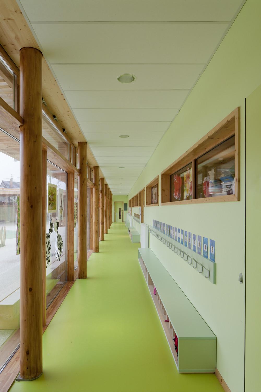 gallery of groupe scolaire pasteur r2k architectes 2. Black Bedroom Furniture Sets. Home Design Ideas