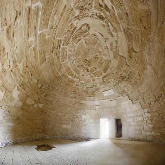 1335132232-10-main-room-interior-view-after-restoration