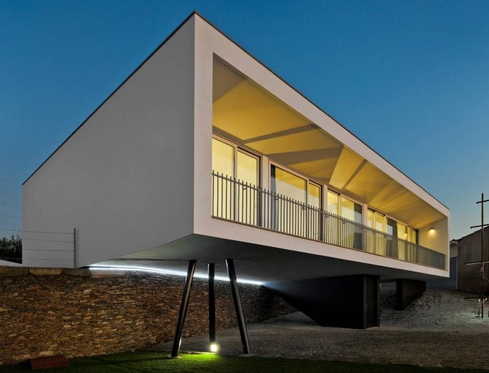 Casa en Sobral / Nelson Resende Arquitecto, © FG+SG
