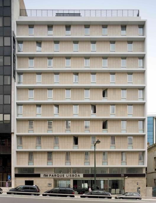Hotel LX / COMOCO, © FG+SG – Fernando Guerra, Sergio Guerra