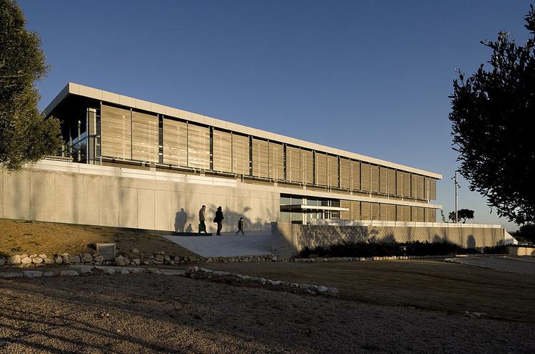 Biblioteca y Escuela de Adultos / estudi grv arquitectes, Cortesía de Estudi grv arquitectes