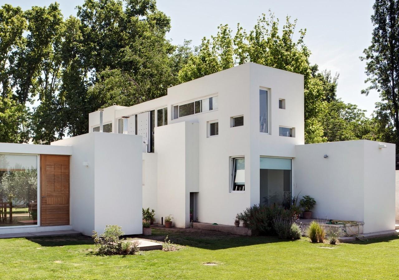 Casa Besares / Arquinoma