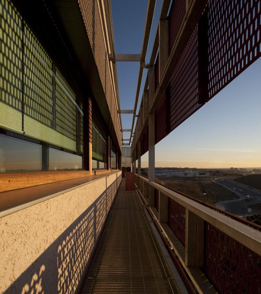 Galer a de oficinas idom de madrid acxt arquitectos 3 - Arquitectos madrid 2 0 ...