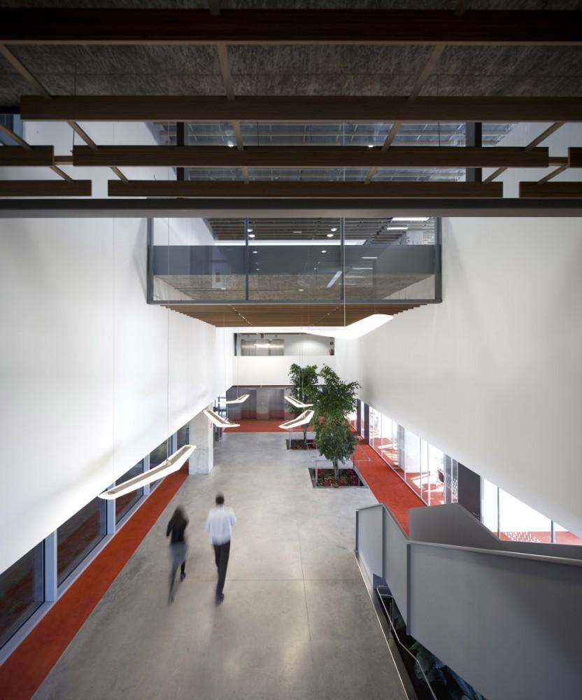 Galer a de oficinas idom de madrid acxt arquitectos 10 - Arquitectos madrid 2 0 ...
