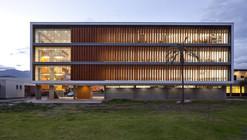Aulario Universidad de Cuenca / Javier Durán