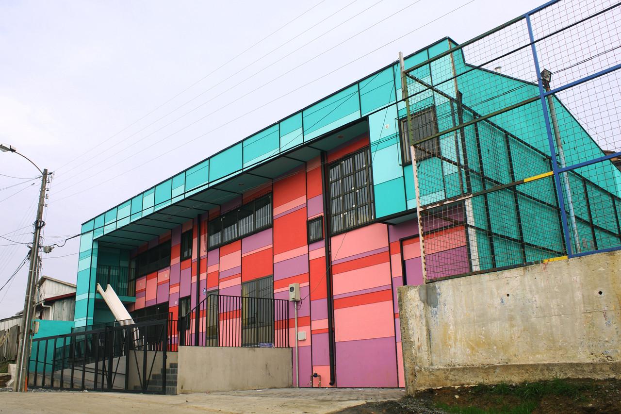 Jardín Loida / República Portatil