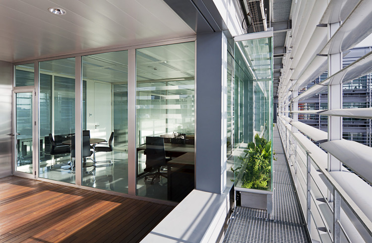 Agencia idea trianera de arquitectura archdaily m xico for Arquitectura de interiores a distancia