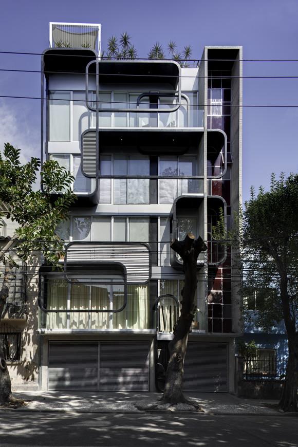 Edificio LVII / Arquitectura en Movimiento