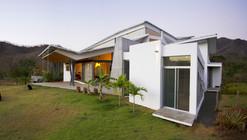 Casa Anapanasati / Aarcano Arquitectura