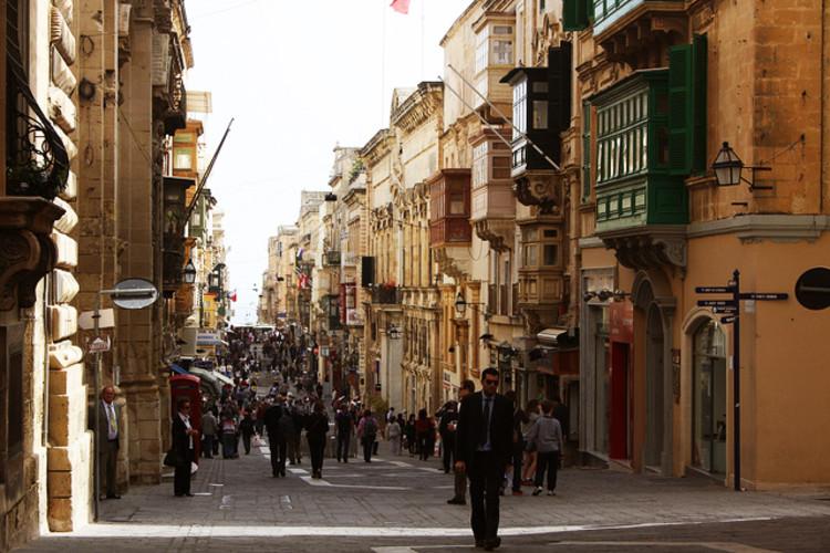 Cinco princípios para uma boa convivência entre pessoas e cidades, La Valeta, Malta © Coleccionista de lugares, via Flickr. Used under <a href='https://creativecommons.org/licenses/by-sa/2.0/'>Creative Commons</a>