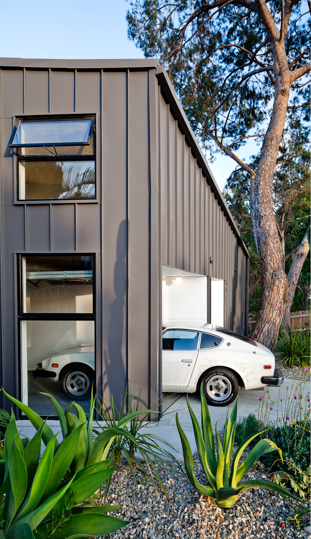 Gallery Of Big Small House Anonymous Architects 3
