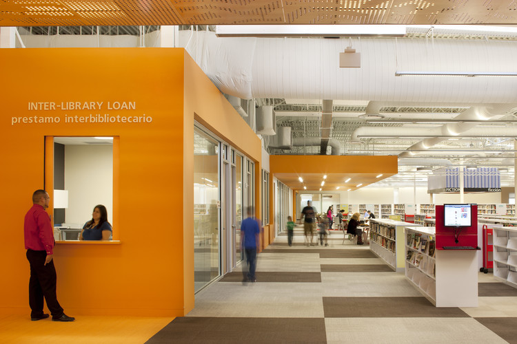 McAllen Main Library / MSR Design, © Lara Swimmer