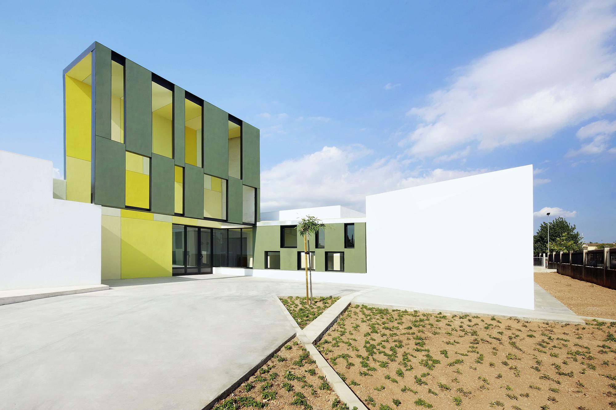Centro Educativo en Consell / RIPOLLTIZON, © José Hevia