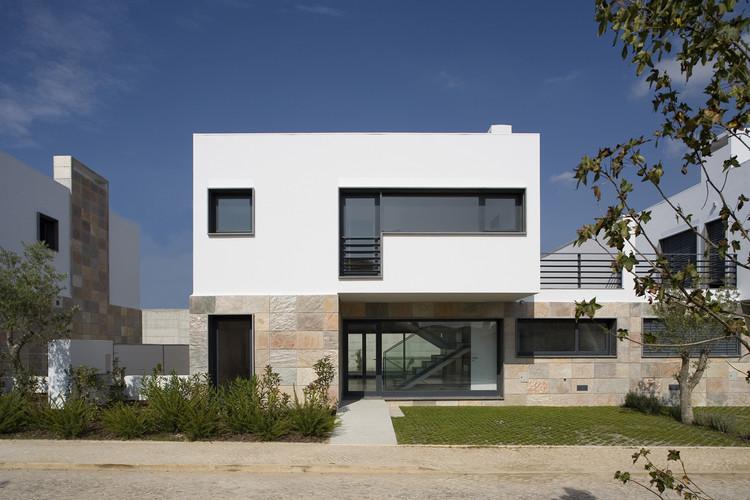 Condomínio Quinta Vale Verde / Humberto Conde, © Fernando Guerra | FG+SG