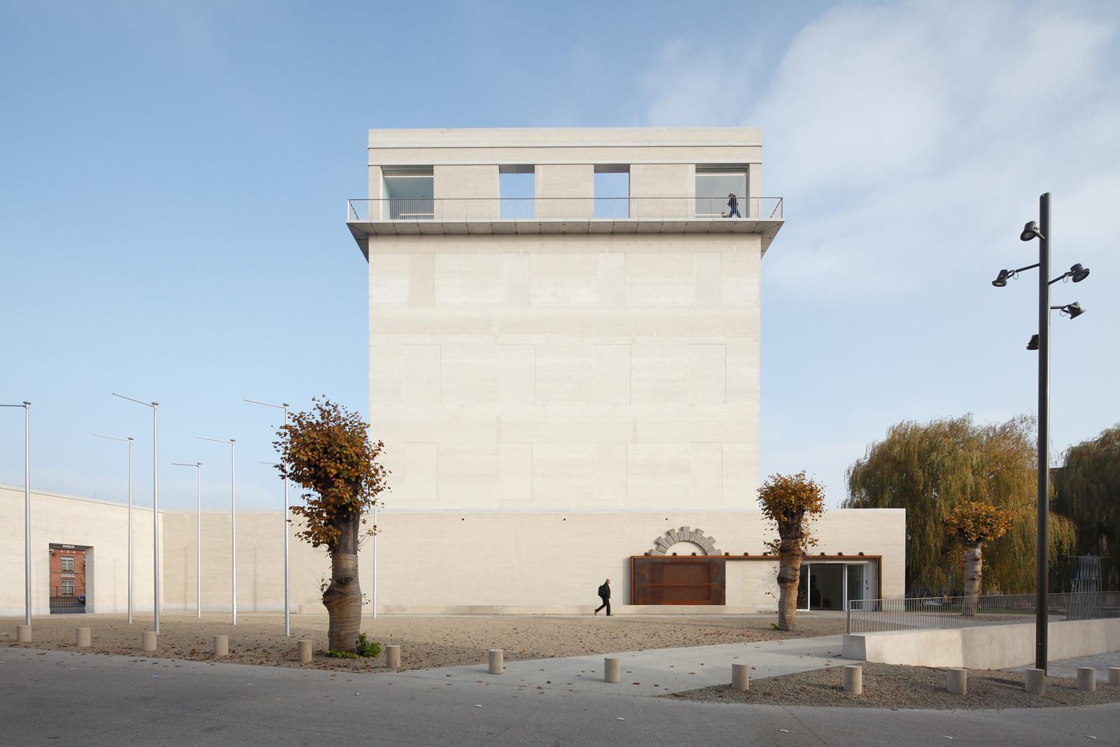 Kazerne Dossin / awg architects, © Stijn Bollaert