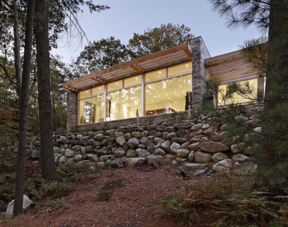 Carling Residence / Tact Architecture, © Terence Tourangeau