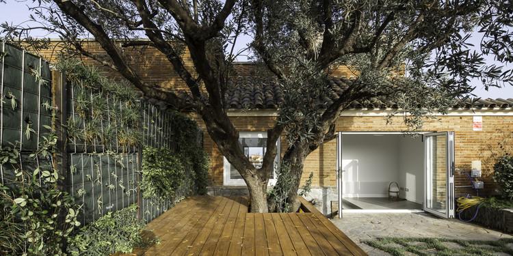 Reforma interior de um ático e um sobreático / Cavaa Arquitectes, © Filippo Poli