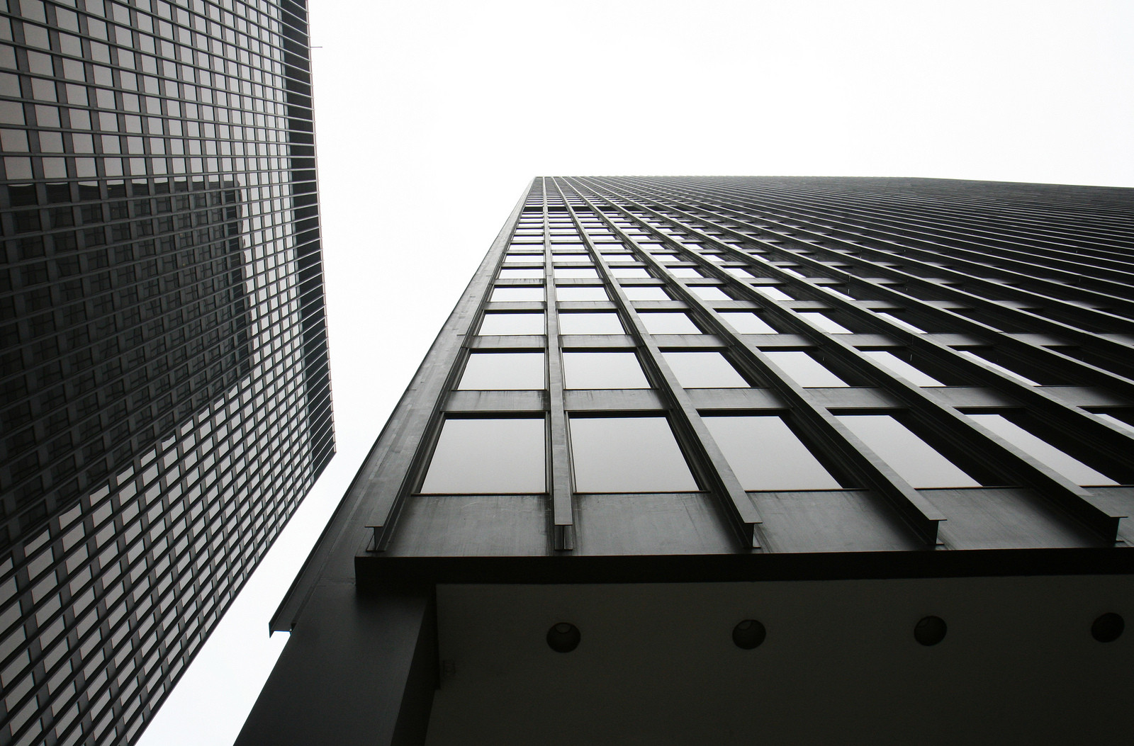 Cl sicos de arquitectura chicago federal center mies - Mies van der rohe muebles ...