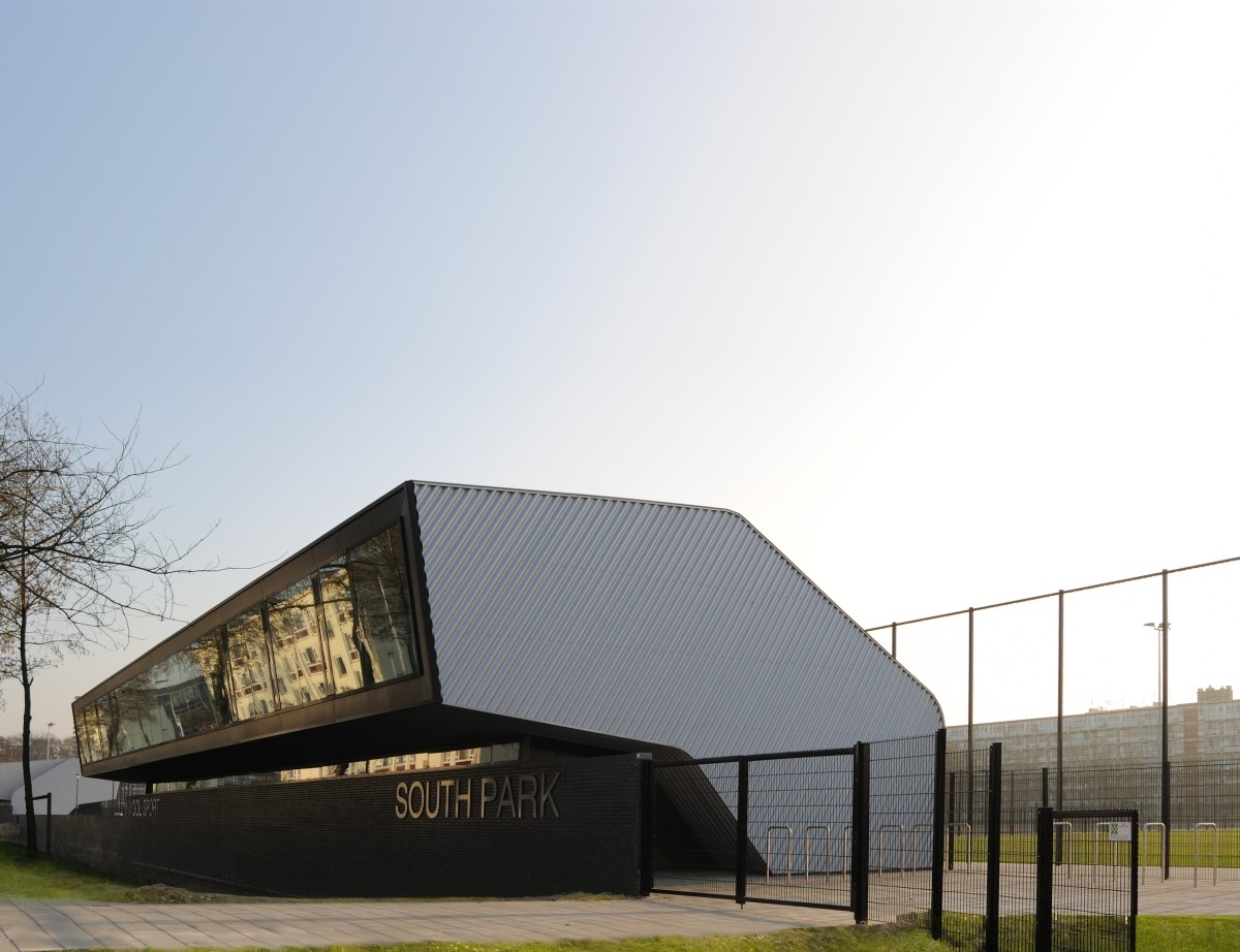 Two Sports Centers Boshuizerkade / René van Zuuk Architects, Courtesy of René van Zuuk Architects