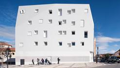 37 Dwellings in Guadix / Studio Wet + Antonio G. Liñán